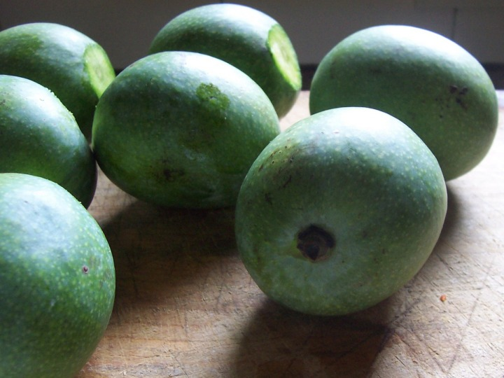 green mangoes 2