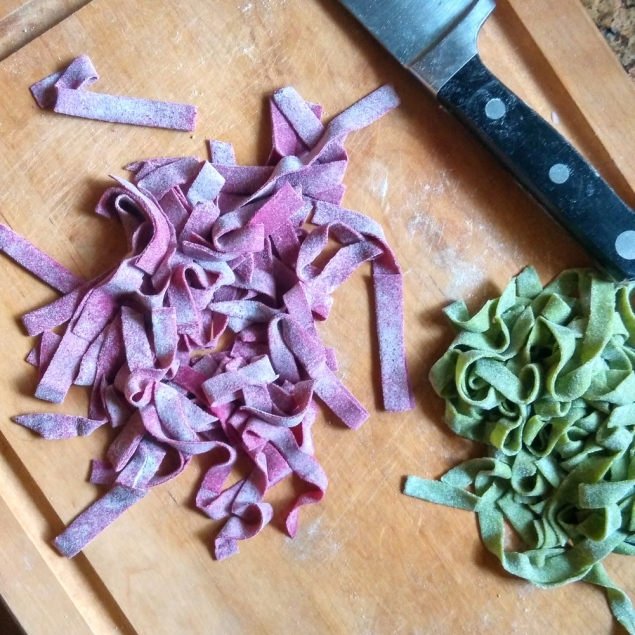 red and green pasta